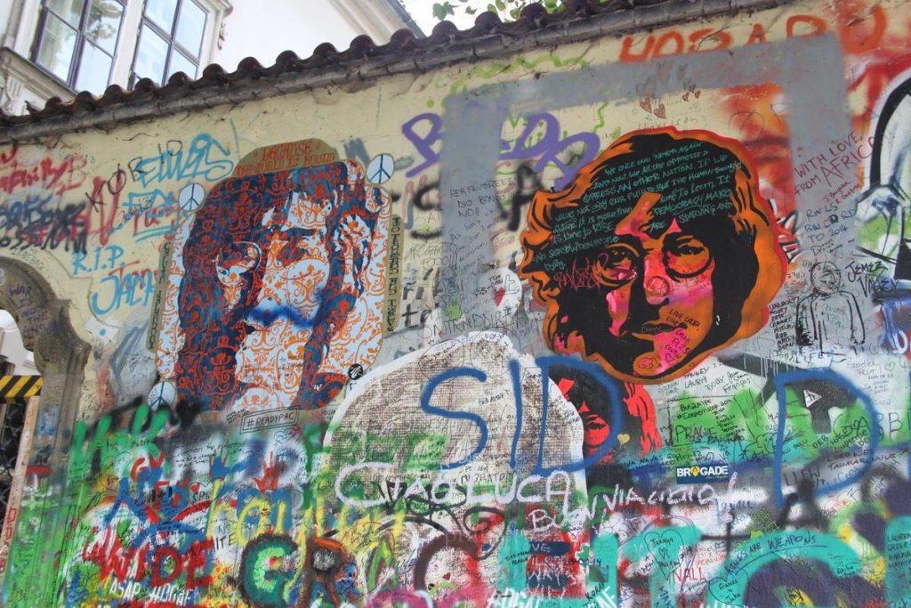 Стена Ленона Прага