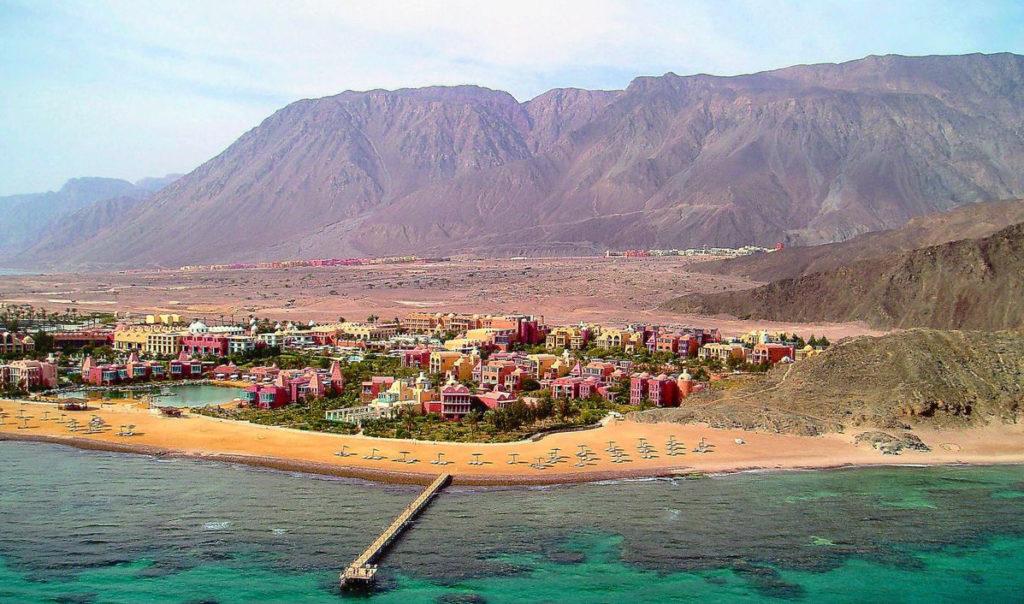 Курортный город Таба